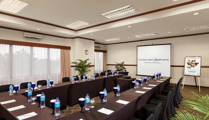 Kota Bukit Indah Plaza Hotel Purwakarta - Ruang Meeting Yudhistira