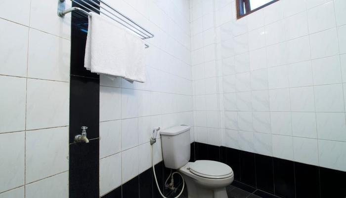 RedDoorz @Dago Bandung - Kamar mandi