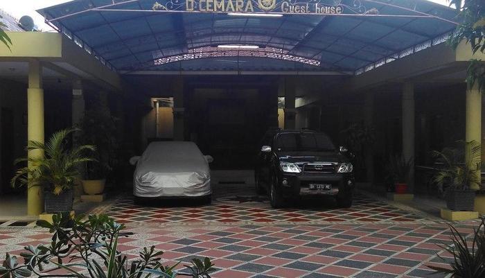 D'Cemara Guest House Jambi - Depan hotel