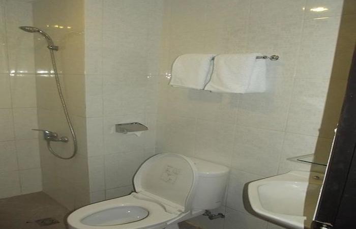 Manado Inn Hotel Manado - Kamar mandi
