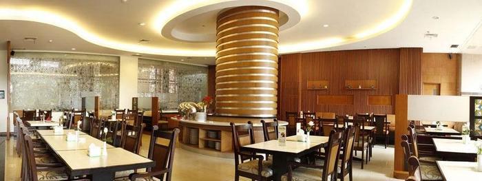 Kedaton Hotel Bandung - ruang makan
