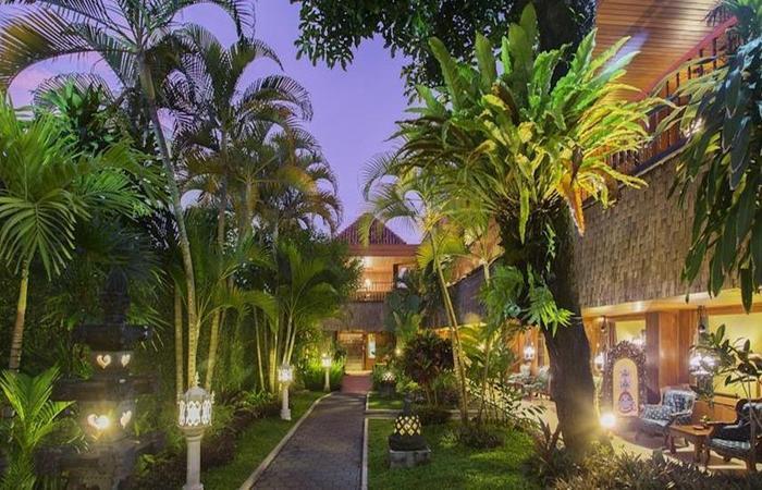 Hotel Puri Artha Yogyakarta - Eksterior