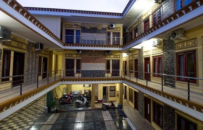 RedDoorz near Petra University Surabaya - Interior