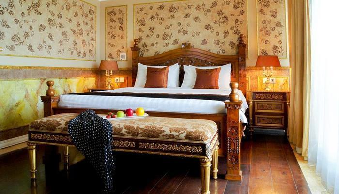 Amos Cozy Hotel Jakarta - 11