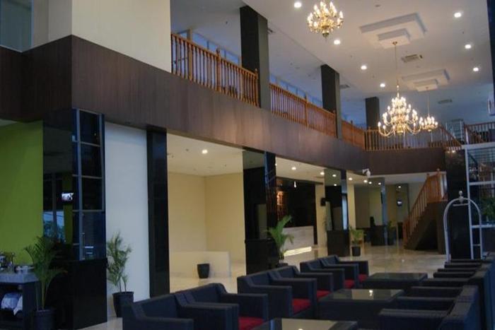 Merapi Merbabu Hotel Bekasi - Lobi
