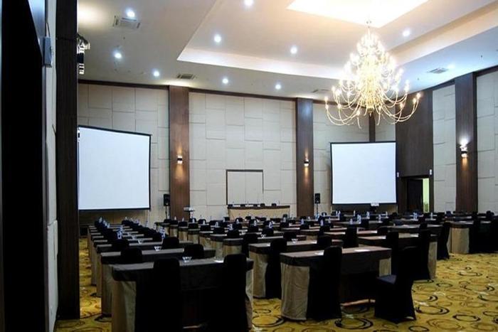 Merapi Merbabu Hotel Bekasi - Ruang Rapat