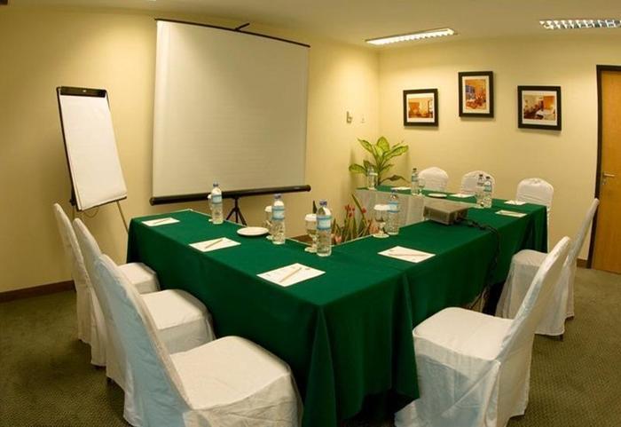 Grand Suka Hotel Pekanbaru Pekanbaru - Ruang Rapat