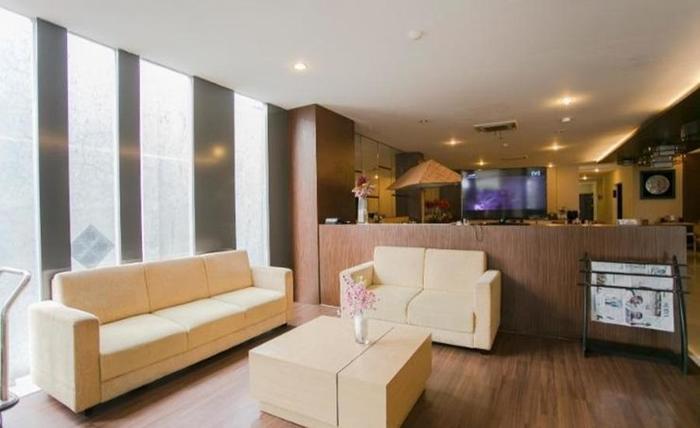 Best Hotel Surabaya Surabaya - Lobi