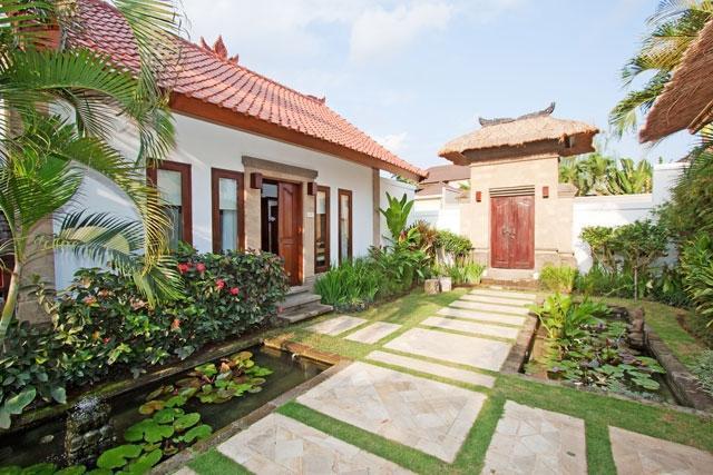 The Junno Villa Bali - Tampilan Luar