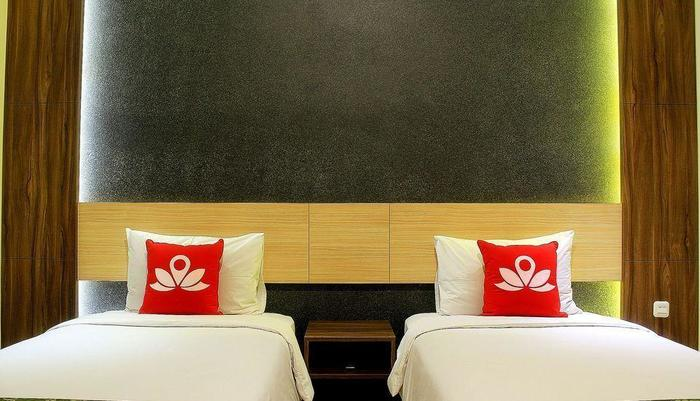 ZenRooms Lengkong Gatot Subroto - Tampak tempat tidur twin
