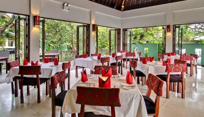 Kuta Seaview Hotel Bali - Rosso Vivo Dine & Lounge
