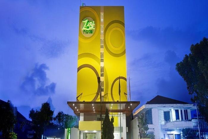 Zest Hotel Bogor - Tampilan Luar Hotel