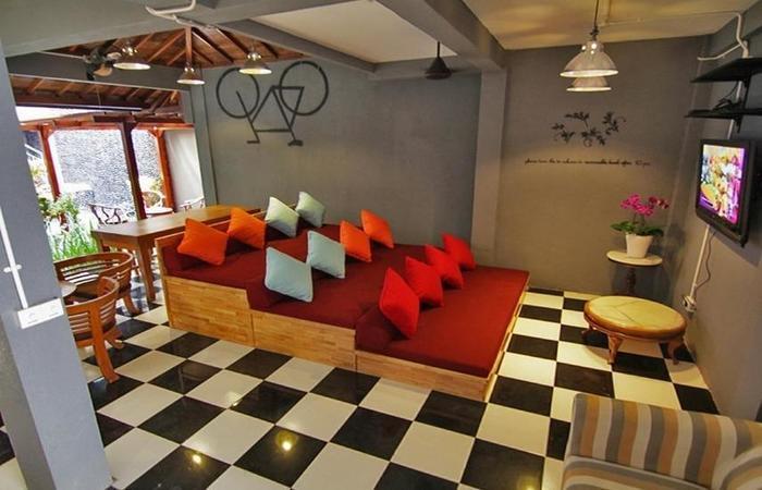 Kayun Hostel Downtown Bali - Interior