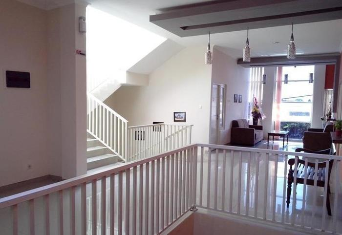 Oemah Koss Guest House Surabaya - Interior