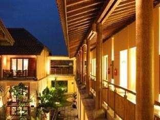Laras Asri Resort & Spa Salatiga - Teras