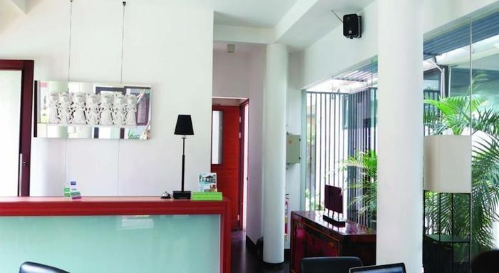 Chic Quarter Jakarta - d