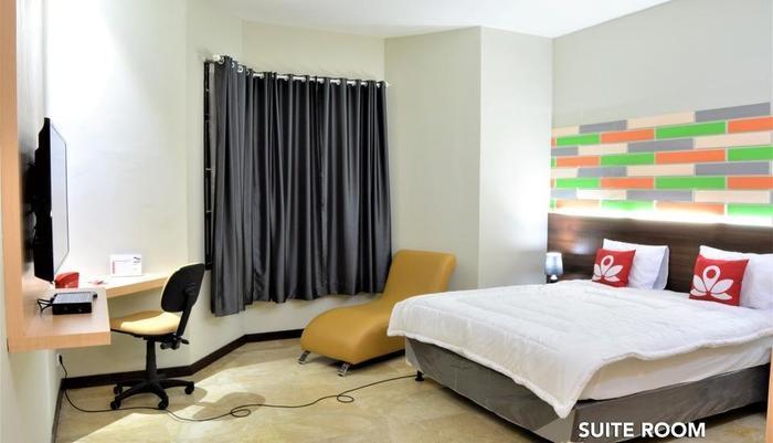 ZEN Rooms Fatmawati Jakarta - Suite Room 1