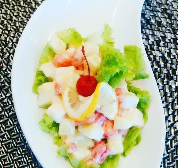 Front One Hotel Pamekasan Madura Madura - salad buah