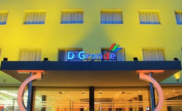 D'Grande Hotel Batam Batam - Tampilan Luar Hotel
