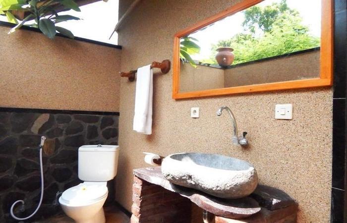 Yuda Menjangan Homestay Bali - Kamar mandi