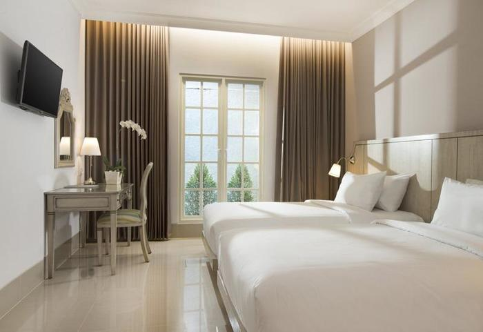 Hotel Santika Seminyak - guest room