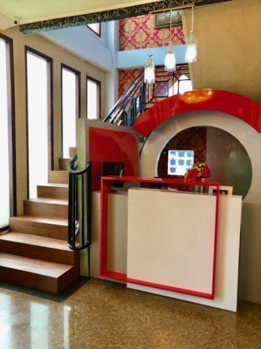 Safirna Transito Hotel Ternate - lobby