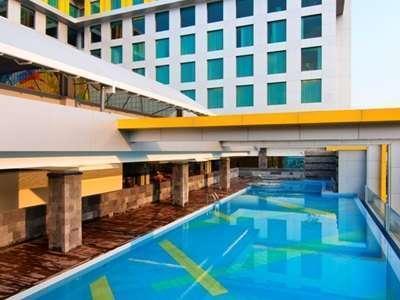 Hotel Grand Artos Magelang - Kolam Renang