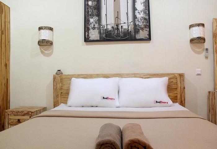 RedDoorz @Sriwijaya Legian Bali - Kamar tamu