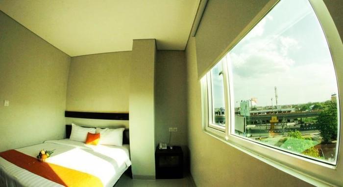 Hotel Alpha Makassar - Kamar tamu