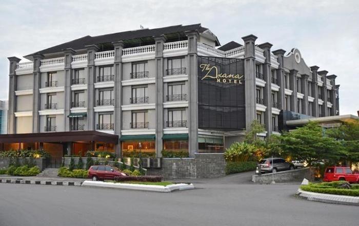 The Axana Hotel Padang - hotel