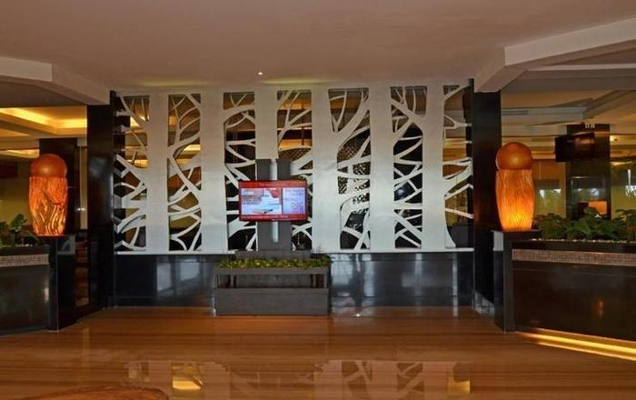 The Axana Hotel Padang - lobby