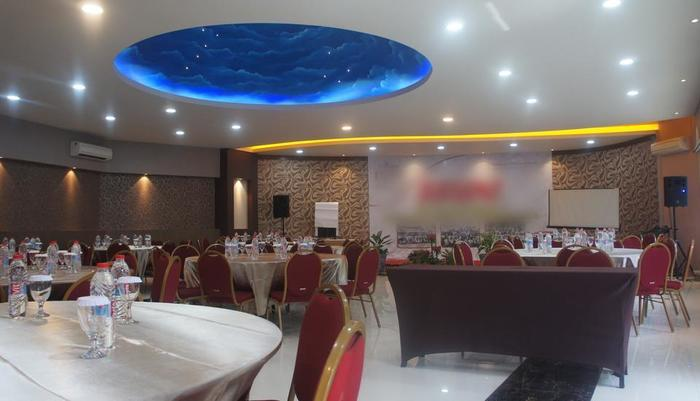 Hotel Nirwana Pekalongan - Ruang pertemuan Nirwana Cafe