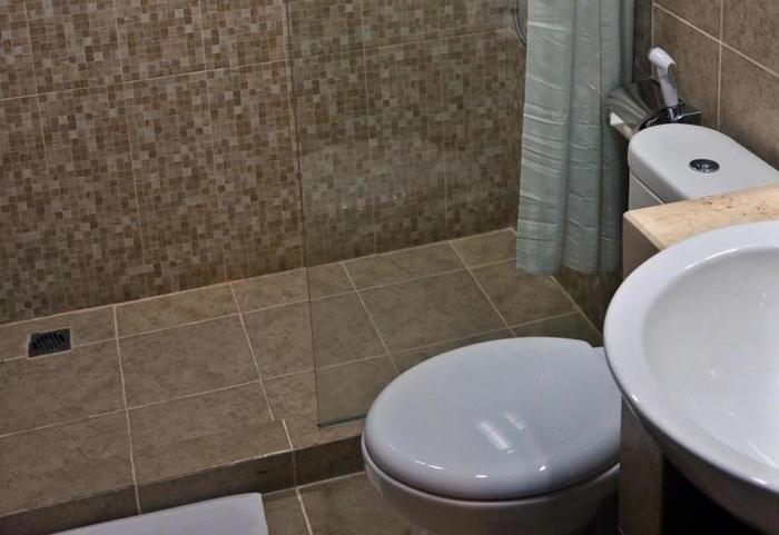 Grand Serpong Hotel Tangerang - Bathroom