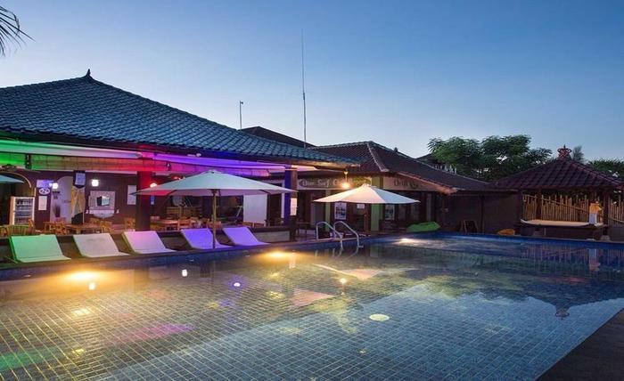Linda Beach Resort Bali - Kolam Renang