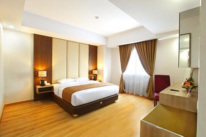Orchardz Hotel Bandara Tangerang - Deluxe Double