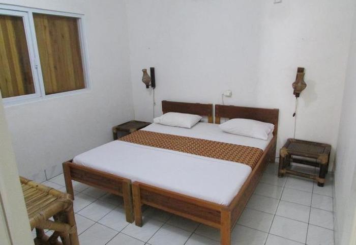 Ocean Queen Resort Sukabumi - Kamar tamu