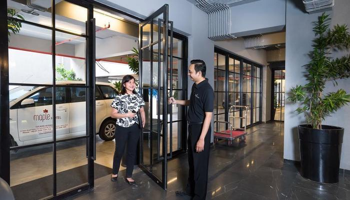 Maple Hotel Grogol Jakarta - Lobby