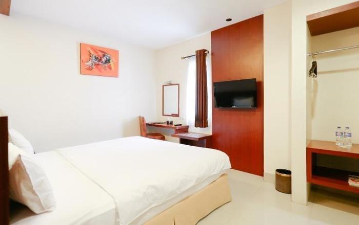 Grand Celino Hotel Makassar - Room