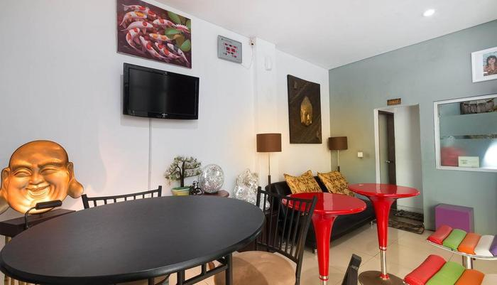 A Residence Bali - Shared TV TV Lounge