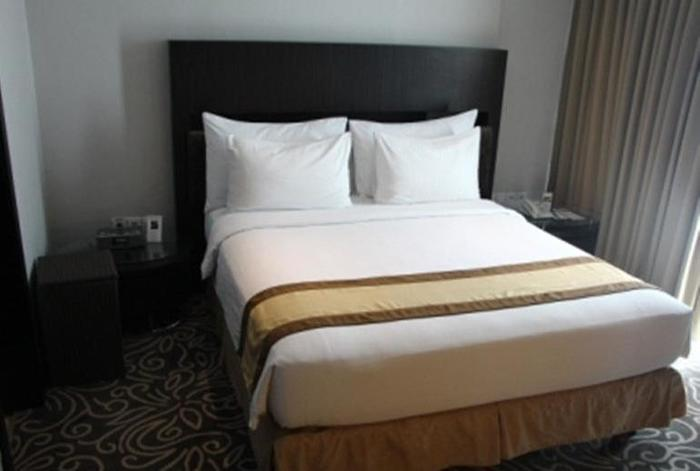Swiss-Belhotel Balikpapan - Business Suite