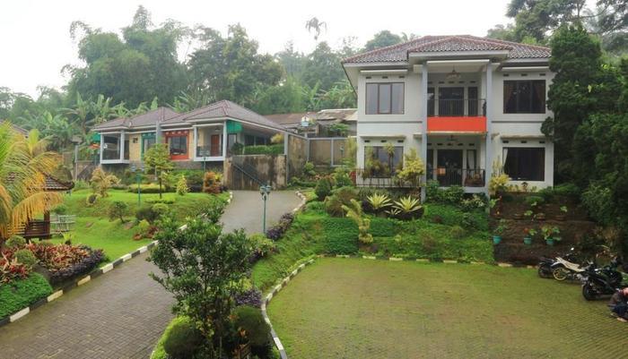 Khansa Resort Bogor - appearance 1