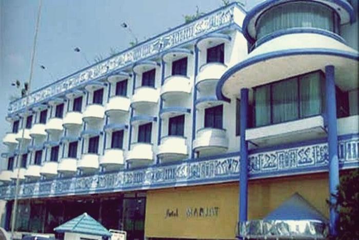 Hotel Mariat Sorong - Tampilan Luar Hotel