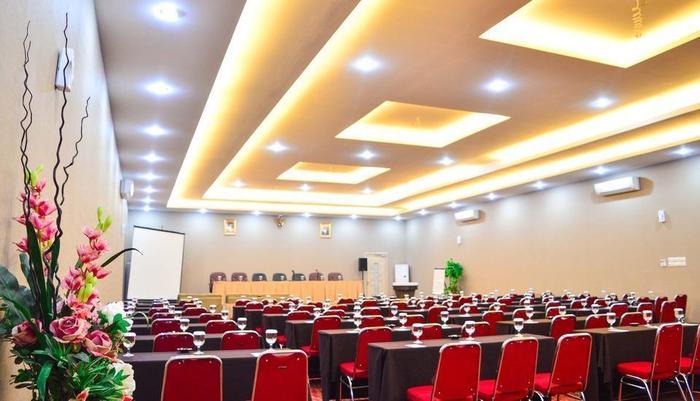 Sofyan Inn Rangkayo Basa - Hotel Halal Hang Tuah - Ruang Rapat