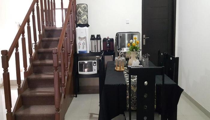 Manzila Guest House Bandung -