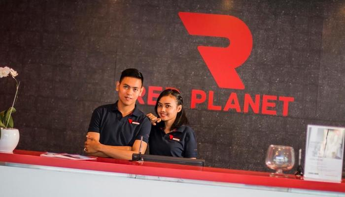 Red Planet Solo - Staff