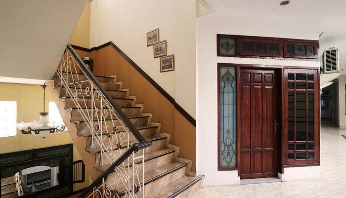 Andita Syariah Hotel  Surabaya - Coridor