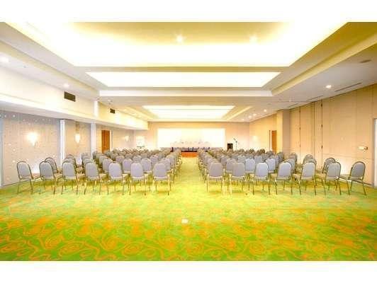 HARRIS Hotel Tebet Jakarta - Ballroom