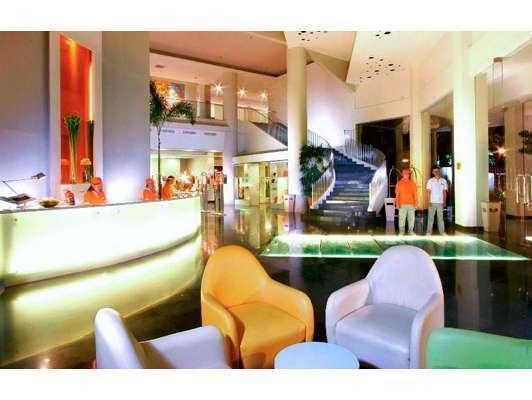 HARRIS Hotel Tebet Jakarta - Lobi