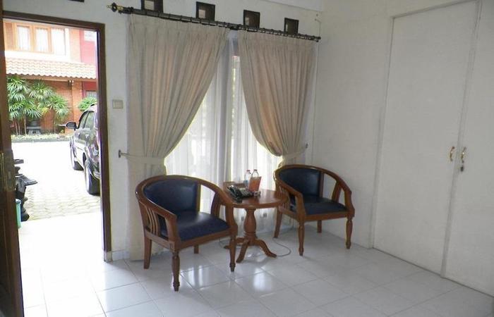 Hotel Puri Larasati Bandung - Interior