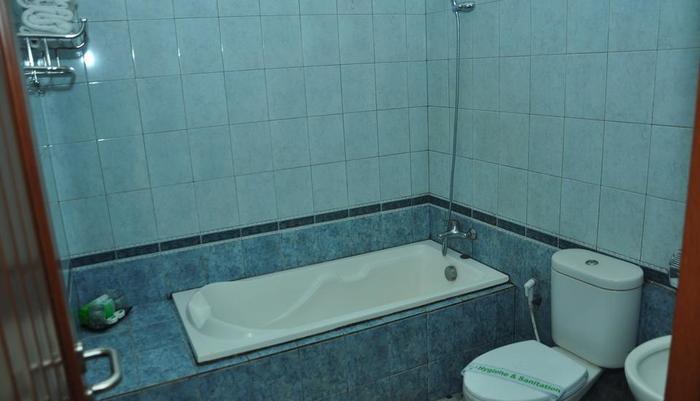 Ahadiat Hotel & Bungalow Bandung - 1 Bedroom Bungalow Bathroom
